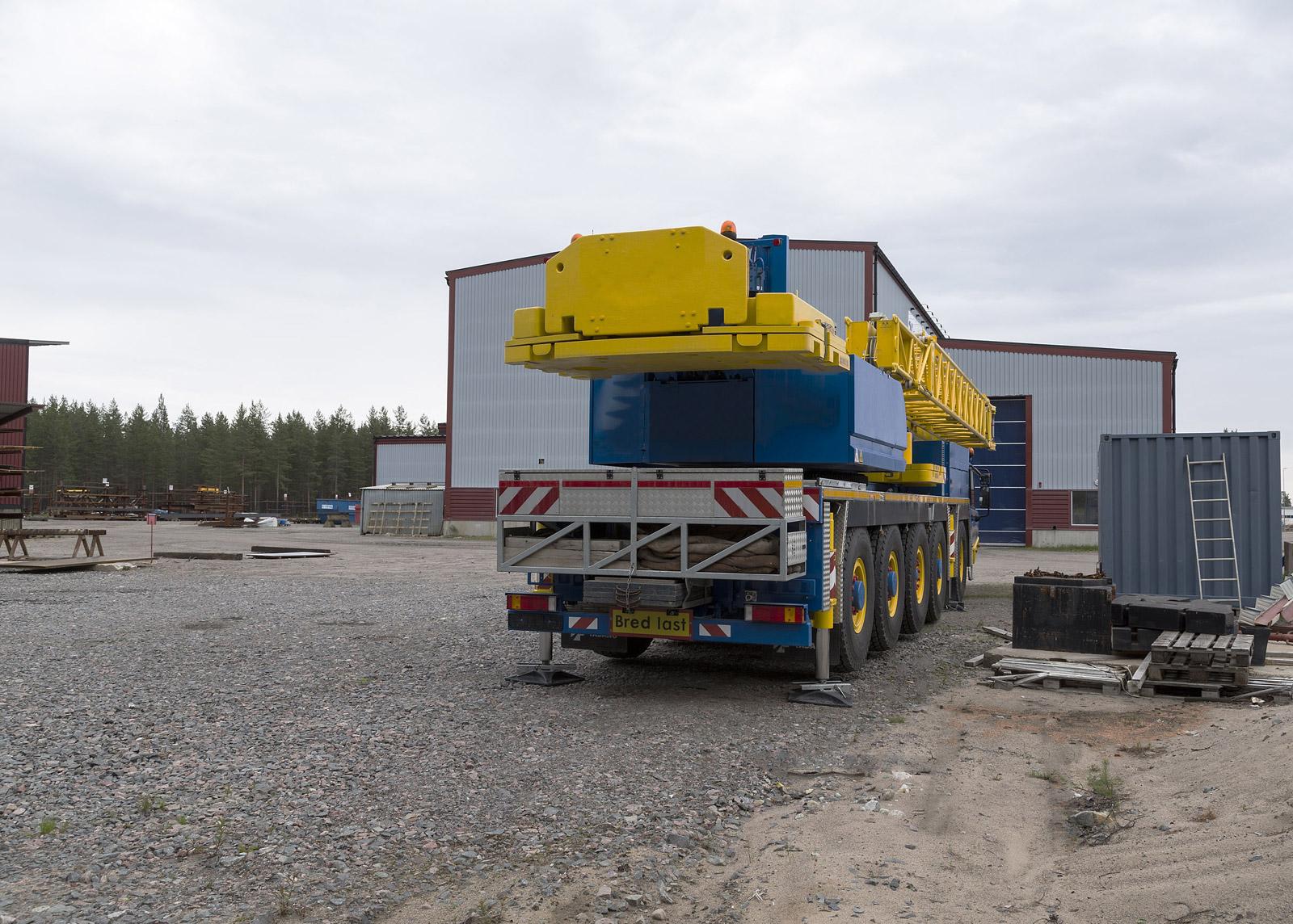 Kranbilar och specialtransporter - kranbilar Örebro, specialtransporter Örebro